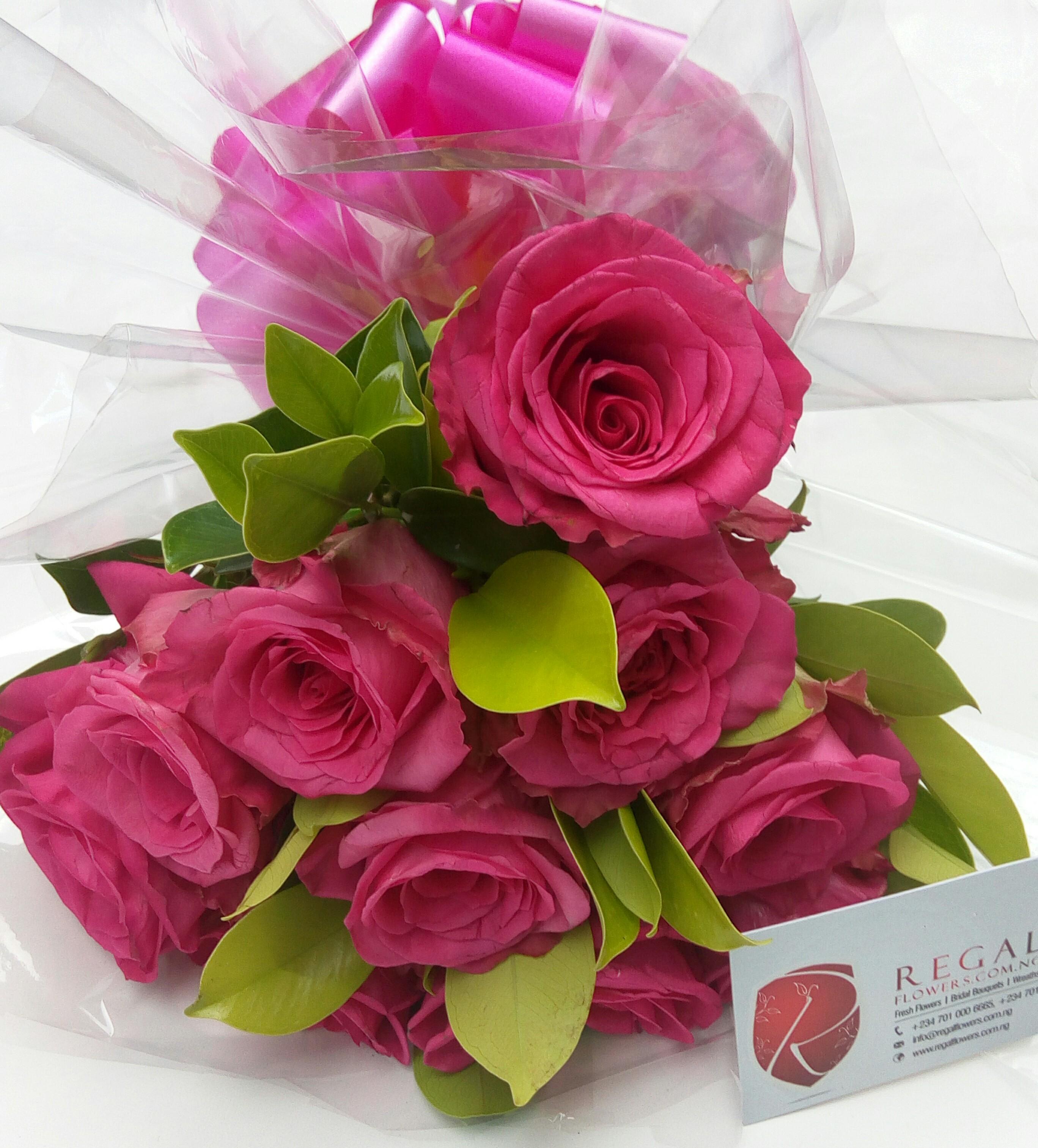 Elegant mix of Fresh cut pink Roses regal flowers